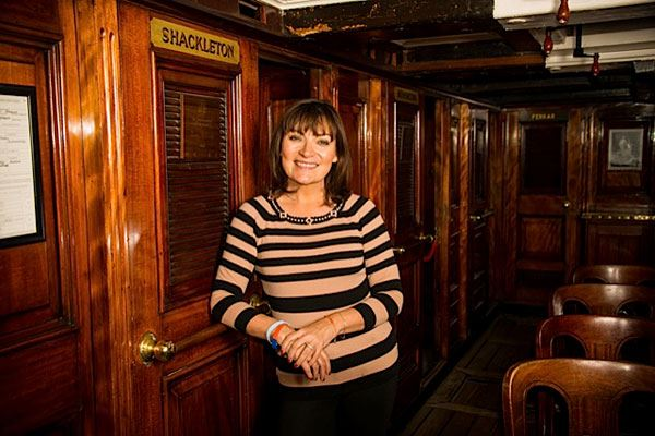 Lorraine Kelly was born and raised in the west of Scotland, but is now an honorary Dundonian