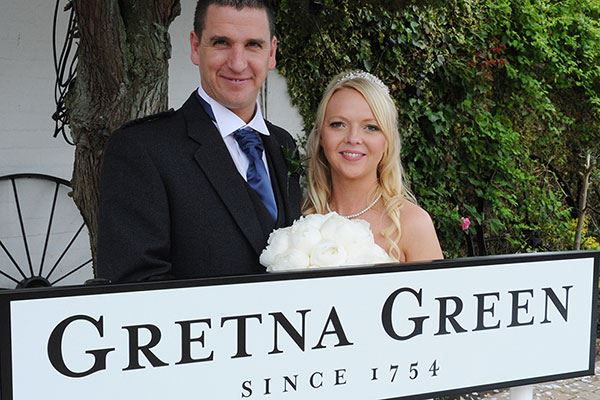 Many couples throughout history have eloped to Gretna Green to wed