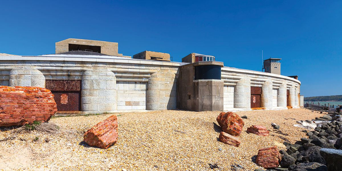 Experience the history of Hurst Castle