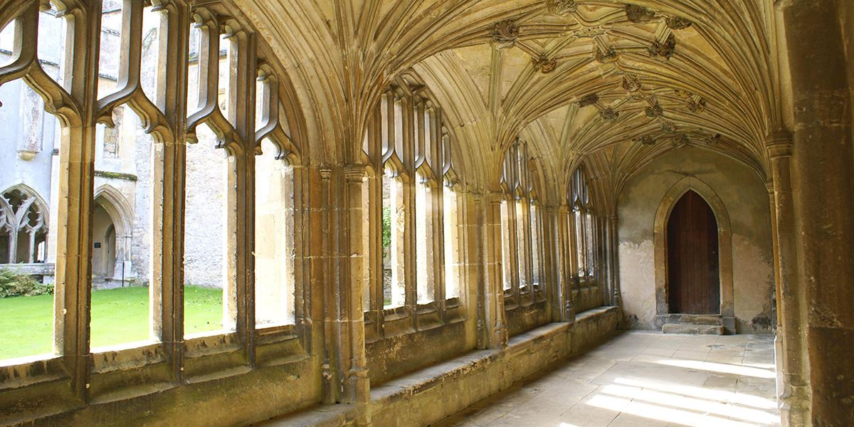 Walk in Harry Potter's footsteps at Lacock Abbey
