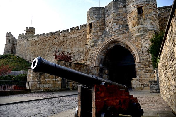 See a real-life cannon in the grounds of Lincoln Castle