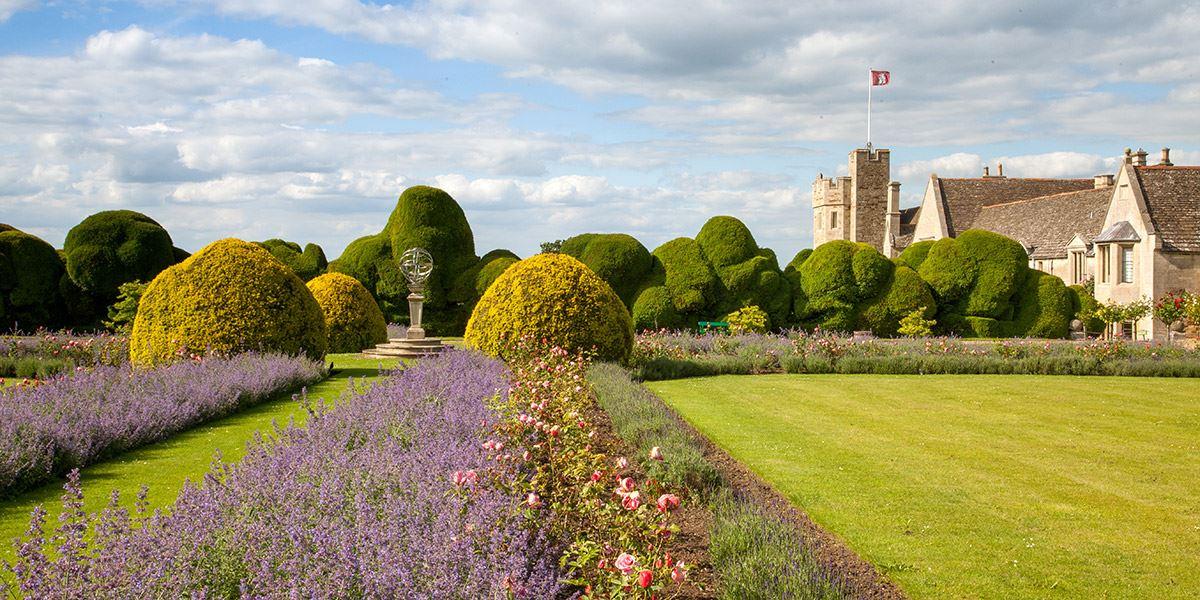 Rockingham Castle history Northamptonshire