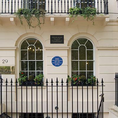 Virginia Woolf & George Bernard Shaw, 23 Fitzroy Square, Camden