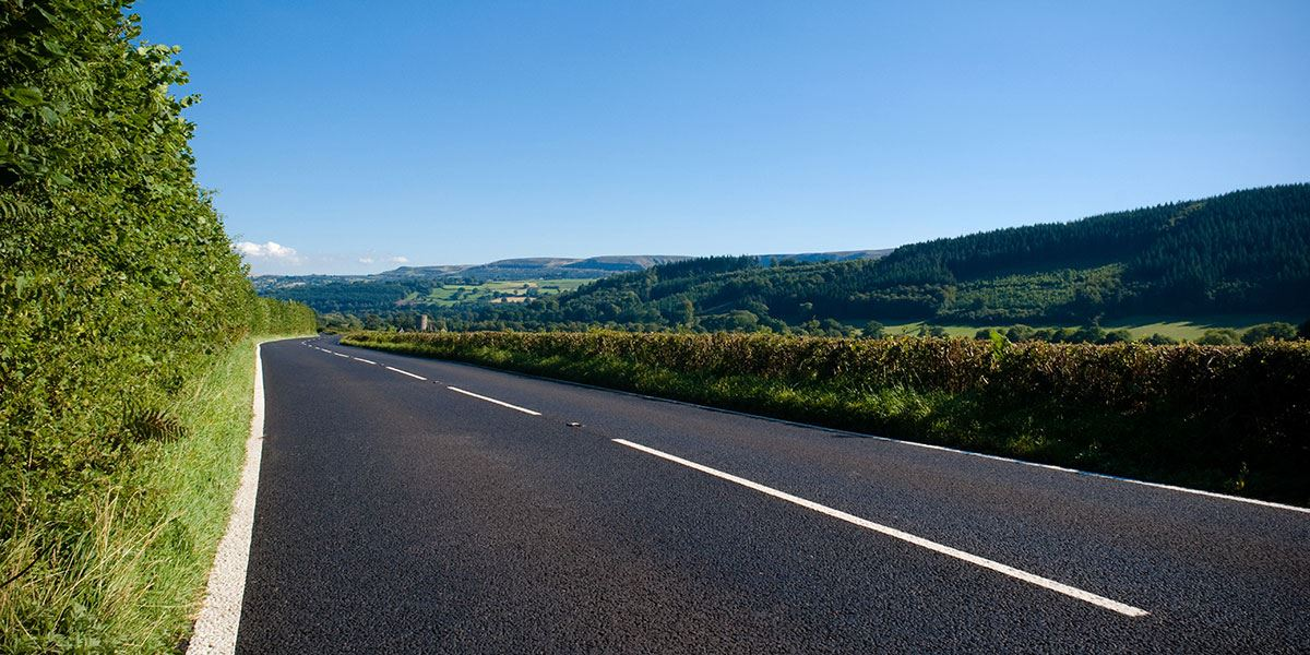You can explore Derbyshire and the Peak District easily by car