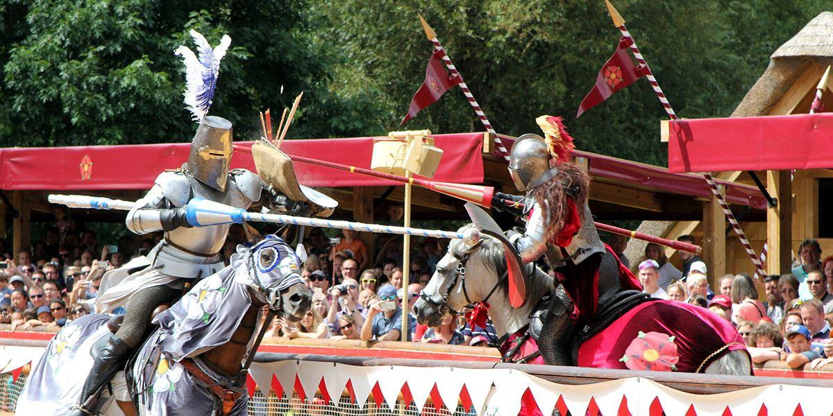 Warwick Castle war of the Roses reenactment