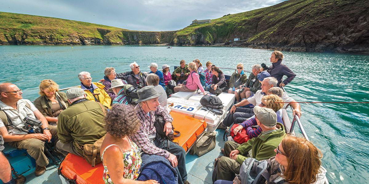 Ferry to Skomer
