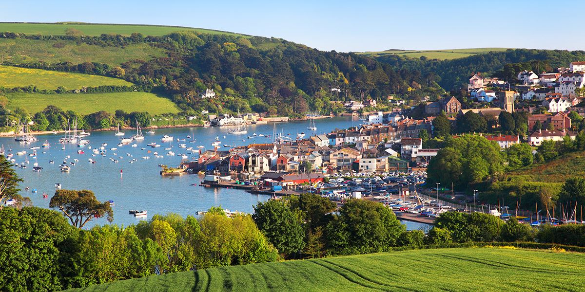 The beautiful coastal town of Salcombe sits on the banks of the Kingsbridge Estuary in South Devon