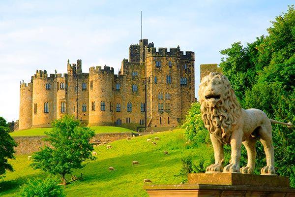Alnwick Castle exterior, Northumberland