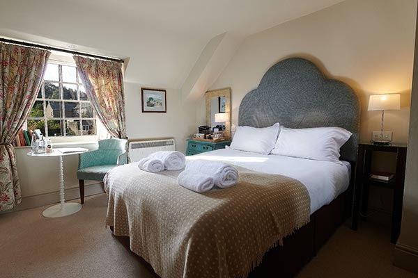 Petite double bedroom at The Devonshire Arms Pilsley